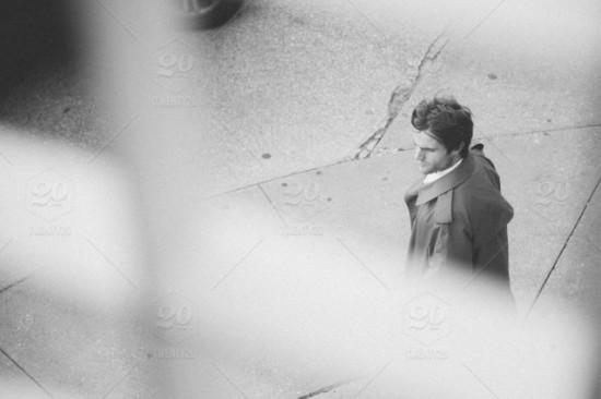 Kiedy warto zlecić detektywowi obserwację?