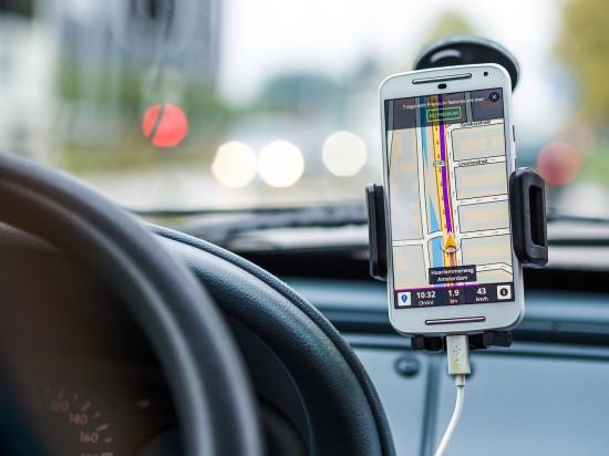 Podsłuch w samochodzie – gdzie szukać?